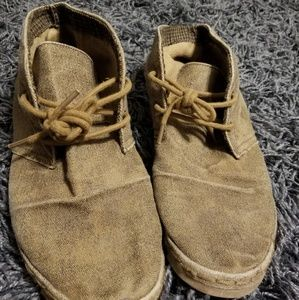 Brown rocket dog lace up shoes